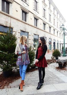 How to surprise your friend at Christmas? If you are wondering what to do, well you are in the right place, in this post you will find some ideas.