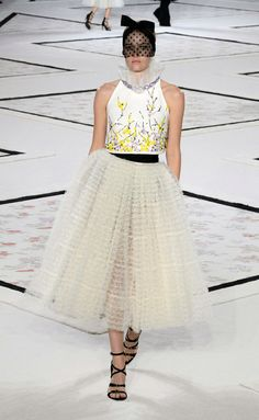 Giambattista Valli - Haute Couture Primavera-Verano 2015 - www.so-sophisticated.com