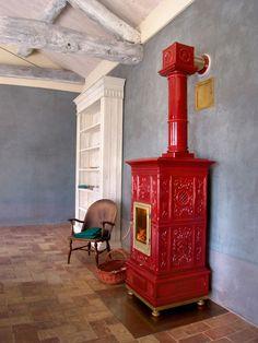 Stufa a legno / tradizionale / in maiolica / in ceramica - VIENNA - LA CASTELLAMONTE
