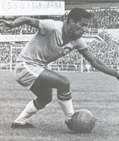 Garrincha (Brazil) Best Football Players 97eb7040b269b