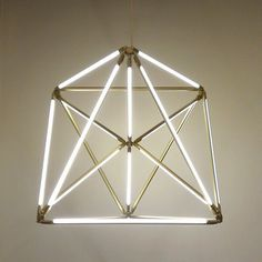 Bec Brittain SHY Polyhedron light - interesting use of halogen tubes Cool Lighting, Chandelier Lighting, Modern Lighting, Lighting Design, Linear Chandelier, Light Art, Lamp Light, Casa Milano, Appartement Design