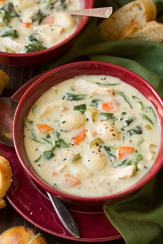 foodffs:  Creamy Chicken and Gnocchi Soup (Olive... - The signal goes on and he shows up.
