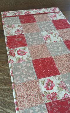 Quilted Table Runner patchwork block pattern by WarmandCozyQuilts, $40.00
