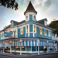 Top Restaurants in New Orleans, via Southern Living....for when I visit @Rachael Thompson