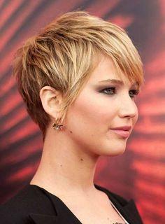 Los cortes 20 + Pixie para caras redondas // #caras #Cortes #para #Pixie #redondas Haga clic para obtener más peinados : http://www.pelo-largo.com/los-cortes-20-pixie-para-caras-redondas/
