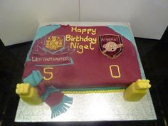West Ham cakeTwitter / Recent images by @Thruthecakehole