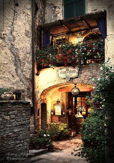 Le restaurant Il Feudo del Vicario sur la Via Giuseppe Garibaldi à Anghiari dans la province d'Arezzo en région Toscane