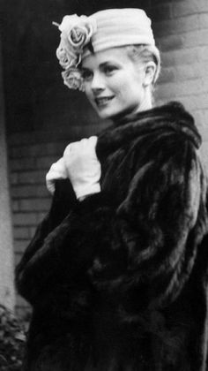 Grace Kelly. Hat, Gloves, and Fur? yes, yes and yes!
