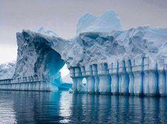 Iceberg Pleneau Bay, Grandidier Channel, Antarctica.