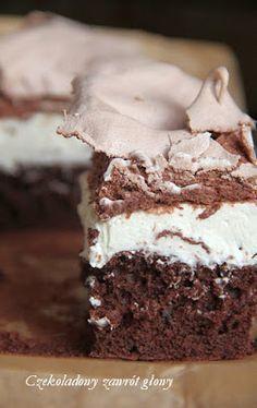Ciasto czekoladowe z kremem mascarpone i bezą Polish Desserts, Polish Recipes, Cookie Desserts, Baking Recipes, Cake Recipes, Dessert Recipes, First Communion Cakes, Healthy Cookies, Vegan Sweets
