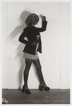 Cindy Sherman – Untitled (Bus Riders I), Cindy Sherman Art, Cindy Sherman Photography, Untitled Film Stills, Modern Feminism, Makeup Humor, Walker Evans, New York, Feminist Art, Artist Life