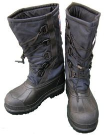 Wiggy's Pack Boots -- for cold weather trekking (includes liners that can be used at camp) Mountain Lion Hunting, Camping Survival, Wilderness Survival, Camping Glamping, Trekking, Kayaking, Outdoor Gear, Backpacking, Hiking