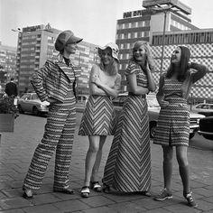 874 meilleures images du tableau Mode des années 70 en 2019 ... 0f085b770c6