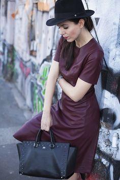 irene colzi, leather dress, black man hat, studded bag, black bag, burgundi dress, outfit casual