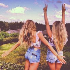 bff images, image search, & inspiration to browse every day. Best Friends Tumblr, Best Friends Forever, Best Friend Pictures, Friend Photos, Best Friend Goals, My Best Friend, Summer Of Love, Summer Time, Summer Hair
