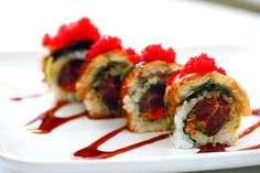 Spicy tuna unagi roll w/chilli tobiko. Wow, i could probably eat 12 of these!