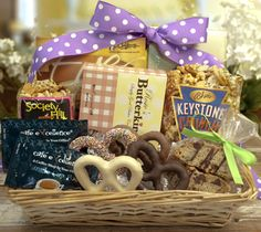 #Mother's Day Gift Basket - a basket full of treats for #Mom on her special day.