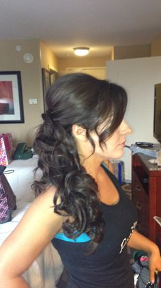 Bridesmaid hair idea. Plus how cute is my BFF/hairdresser B? <3 :)