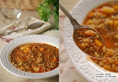 Green lentil and bulghur soup // Guiso de lentejas verdes con bulgur Vegetarian Recepies, Veg Recipes, Healthy Recipes, Verde Recipe, Green Lentils, Soup Kitchen, Recipe Collection, Chana Masala, Food To Make