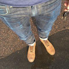 http://chicerman.com  selvedge-socks-shoes:  catching some raysenjoy the evening #lee #lee101 #leejeans #leerider #redwing #redwingheritage #redwingsweden #redwingshoes #denim #denimporn #denimjunkie #denimfades #selvedge #selvedgedenim #fades #sunshine #blue by @sennah0j  #menshoes