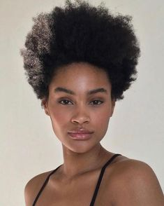 Your short natural hair has a chance to grow but you must know how to go about it the right way. So that it grows thicker and longer with no problem. See the proven method I use to keep my hair moisturized. 4c Natural Hair, Pelo Natural, Natural Hair Styles, Curly Bob Hairstyles, Curly Hair Styles, American Hairstyles, Black Hairstyles, Cabello Afro Natural, Party Make-up