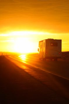 I want to drop everything and go on an RV adventure!