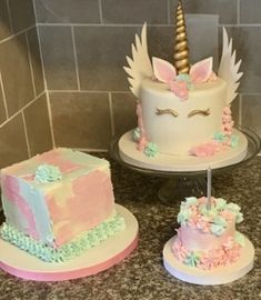 Horse Cake Pastel Pink White Bakery Special Occasion Houston Tx
