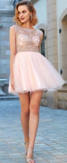 robe de soirée rose patineuse à haut strassé et bijouté