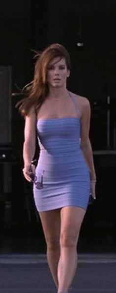 Sandra Bullock and The Big Fall in Miss Congeniality - she made us all ok with being clumsy, gotta love her for that! Beautiful Celebrities, Most Beautiful Women, Beautiful Actresses, Beautiful People, Sandra Bullock Miss Congeniality, Sandra Bullock Hot, Jesse James, People Magazine, Matthew Mcconaughey