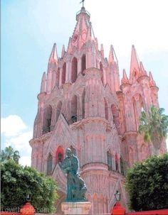 ✿ڿڰۣ  Pink Church Beautiful pink castle, church architecture - This is absolutely beautiful and it would certainly attract anyone with the obsession of pink.  San Miguel, Mexico