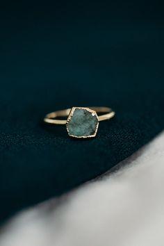 Raw Emerald Ring - May Birthstone Ring Emerald Stone Rings, Raw Stone Jewelry, Raw Stone Rings, Ruby Rings, Diamond Rings, Raw Emerald, Emerald Ring Gold, Raw Stone Engagement Rings, Vintage Engagement Rings