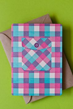 flannel pocket card.... This is so cute!  Great way to use up some of the plaid paper I have