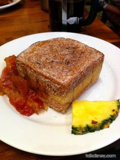 Tonga Toast recipe, from Walt Disney World's Polynesian hotel. This is my favorite breakfast at Disney ... highly suggest visiting the Kona Cafe on your next Disney vacation.