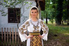 Muzeul Satului Bănățean - Timișoara Lace Skirt, Skirts, Style, Fashion, Moda, Stylus, Skirt Outfits, Fasion, Skirt