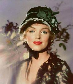 Put on ur easter bonnet marilyn
