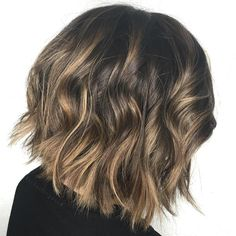 Brown+Bob+With+Golden+Blonde+Highlights