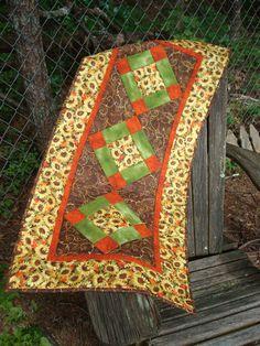 Sunflower Table Runner by Jackiesewingstudio on Etsy, $45.00