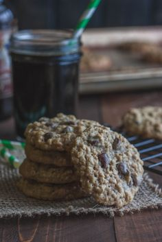 I made these with Ninkasi's Vanilla Oatis.  Was possibly the best cookie I have ever made.   I Highly Recommend!  Oatmeal-stout-chocolate-chip-cookies