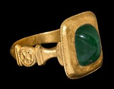 Medieval Italian Gold Ring with Emerald Cabochon, Later Century ADA D-section gold hoop with baluster to each shoulder, plaque with rosette motif, biconvex square bezel with ropework border,. Antique Rings, Antique Gold, Antique Jewelry, Jewelry Rings, Silver Jewelry, Vintage Jewelry, Renaissance Jewelry, Medieval Jewelry, Ancient Jewelry