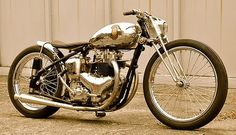 .norton engine. Plunger frame. Girder forks. Awesome.
