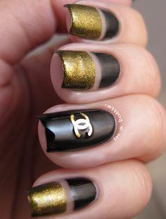 Beautiful Gold Nail Art : Bottle Gold Nail Art Design