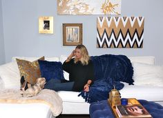 thanksgiving with zoe - stassi schroeder Living Room Themes, Formal Living Rooms, Do It Yourself Home, Blue Walls, Apartment Living, My Dream Home, Home And Living, Stassi Schroeder, Bedroom Decor