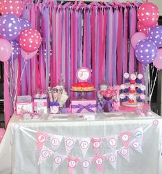 Alaina's 2nd Pink Dinosaur Birthday Party | CatchMyParty.com