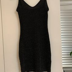 Metalic Pretty Little Thing mini dress Save The Planet, Selling Online, Becca, Pretty Little, Second Hand Clothes, Unique, Stuff To Buy, Shopping, Dresses
