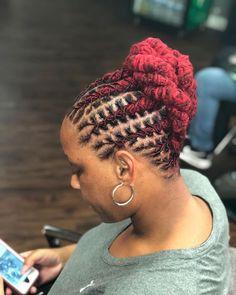25 Latest Interlocking Dreadlocks Hairstyles 2018 To Copy - Fashionuki Dreads Styles For Women, Short Dreadlocks Styles, Short Locs Hairstyles, Dreadlock Styles, Short Hair Styles, Cool Hairstyles, Hairstyles 2018, Black Hairstyles, Wedding Hairstyles