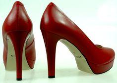 Szpilki Zebra 2031-028 Louboutin Pumps, Christian Louboutin, Vogue, Heels, Model, Fashion, Heel, Moda