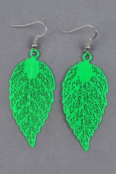 Cutout Leaf Shape Earrings