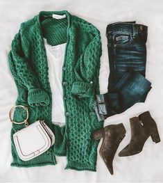Hotseller bestselling cardigan knitwear cardiseason cozy casualoutfit ootd outfitinspo outfitideas fall falloutfits fashion flatlay jeans boots lovegm goodnightmacaroon co womensclothing Mode Outfits, Casual Outfits, Fashion Outfits, Womens Fashion, Fashion Trends, Fashion Flatlay, Fashion Inspiration, Green Outfits, Casual Boots