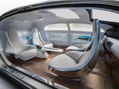 La Mercedes-Benz è un'auto a guida autonoma di lusso! Riuscirà a fare concorrenza alla Google Car?