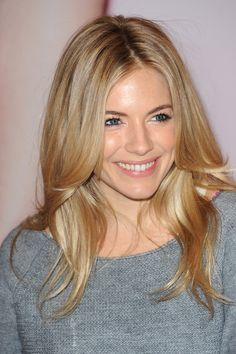 Sienna Miller- Can I have this face and this hair please??